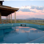 VRBO with hot tub in montana